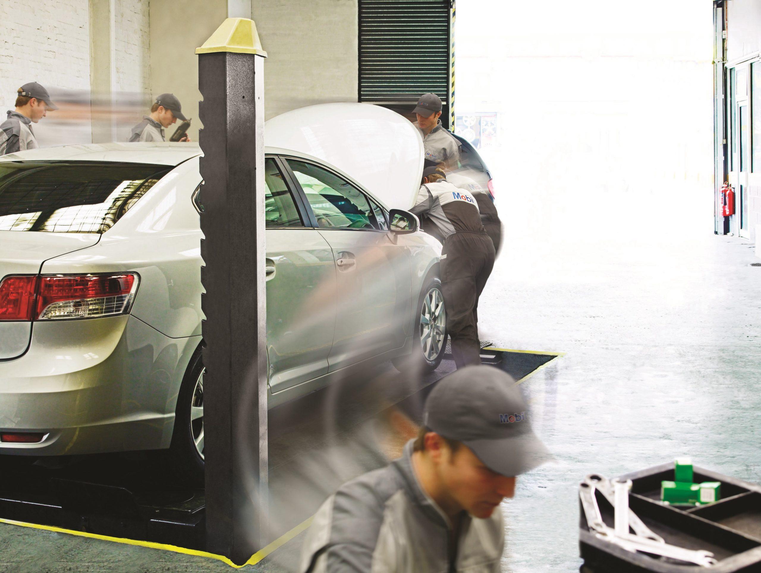 Polscy kierowcy wybierają warsztat z polecenia